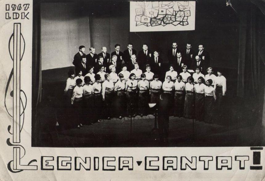 Lekcja historii: Pierwszy Cantat